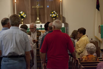 Estherville Lutheran Church communion line